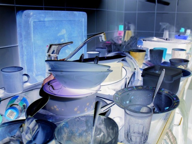 Gross-Pile-of-dishes